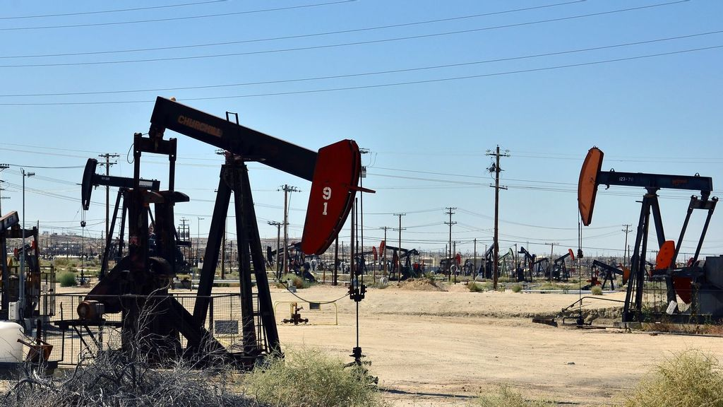 The California division of the Bureau of Land Management said it manages nearly 600 producing oil and gas leases covering more than 200,000 acres and 7,900 usable wells, like the one pictured above. On Aug. 16, the Department of the Interior said it would resume the bureau's leasing program while it appealed a suit filed by more than a dozen state attorney generals over the government's recent pause. (Bureau of Land Management)